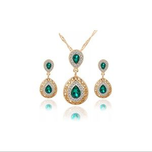 Crystal Tear Drop Gold Plated Necklace Earring Set